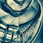 Treppenhaus im Grünspan-Look