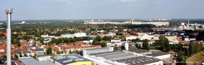 Kraftwerk Bremen-Hastedt mit Block 14 (rotweisser Schornstein) 4