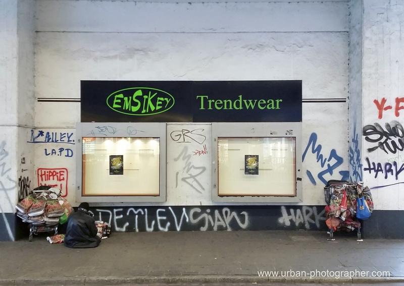 Obdachlose, Müll - Weg damit !?
