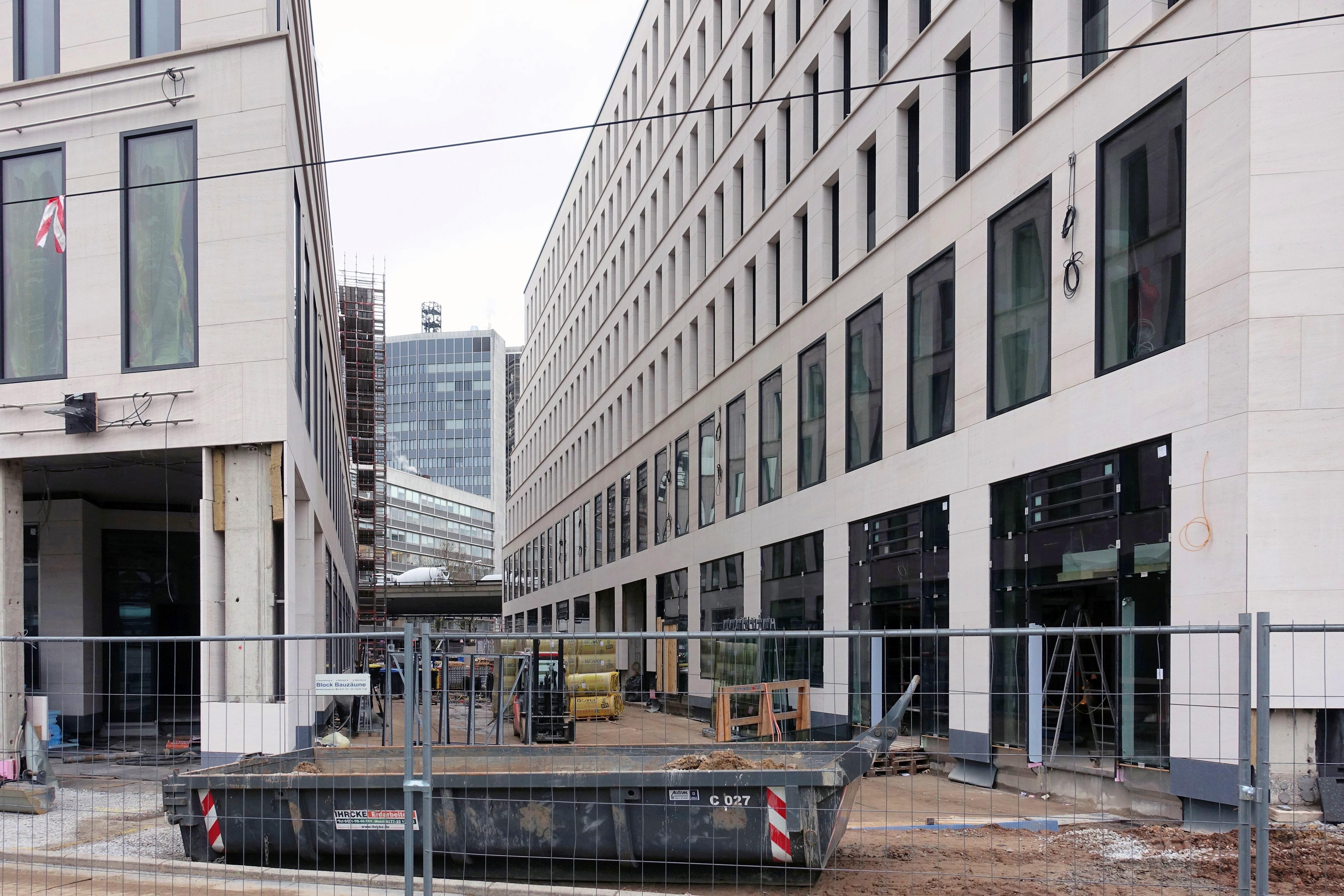 Baustelle Bahnhofsplatz 326