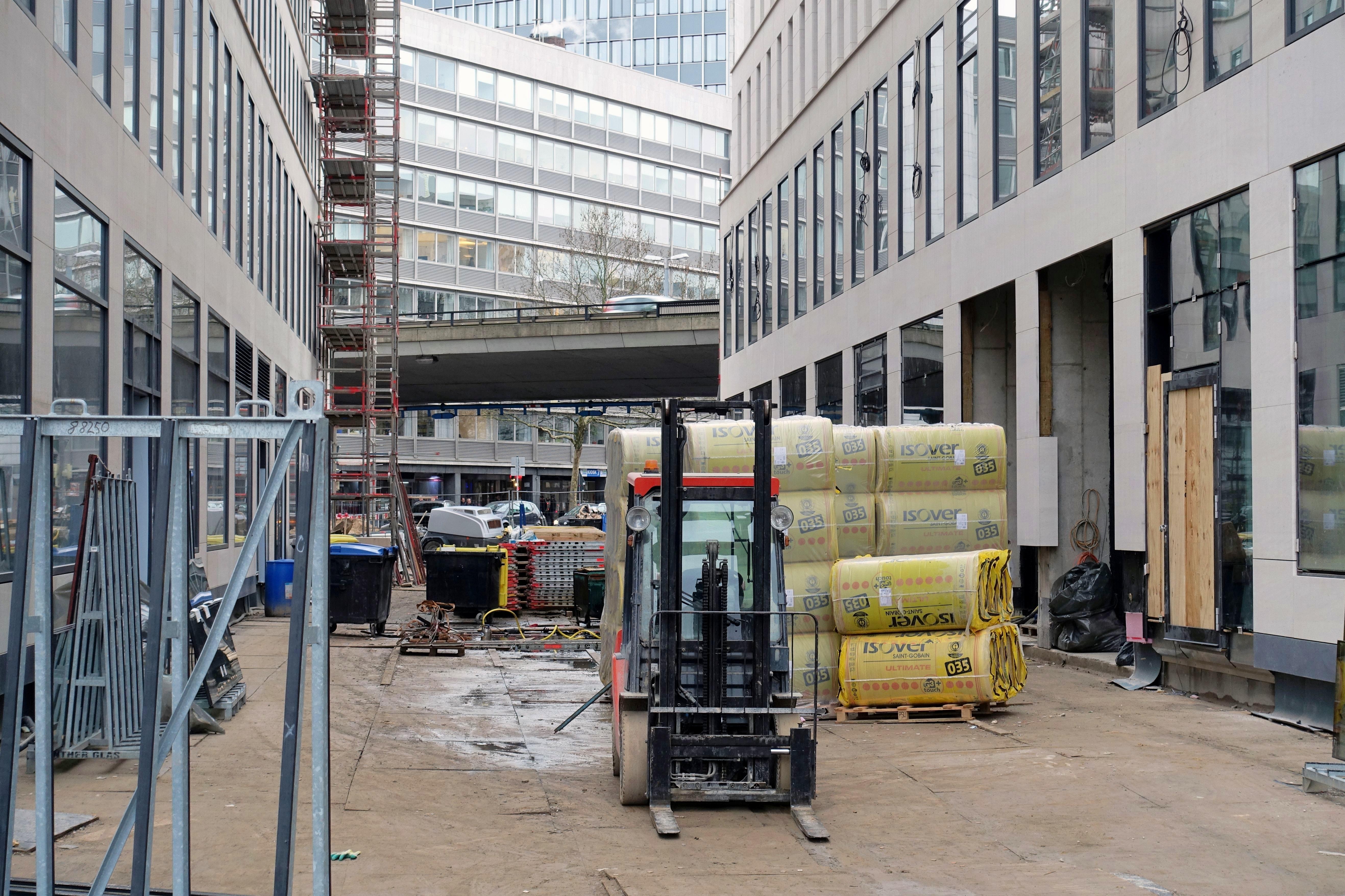 Baustelle Bahnhofsplatz 327